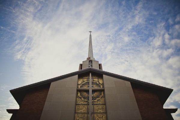 the-uncomfortable-churchThe Uncomfortable Church