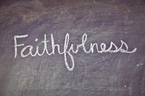 to-flee-or-be-faithfulTo Flee or Be Faithful