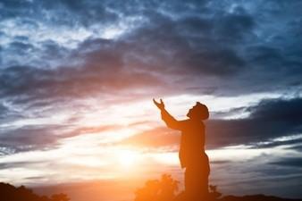 no-pelees-con-dios-porque-el-siempre-ganaNo pelees con Dios porque Él siempre gana